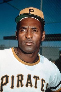 Roberto Clemente of the Pittsburgh Pirates poses for a photo circa Get premium, high resolution news photos at Getty Images Negro League Baseball, Baseball Players, Baseball Cards, Baseball Pics, Baseball Wall, Pittsburgh Pirates Baseball, Pittsburgh Sports, Roberto Clemente, Puerto Rico