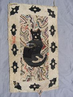 Hooked Rug ... Cat ... Hit & Miss Ground