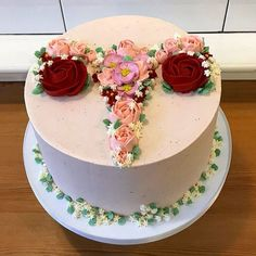 Discover our quick and easy recipe for Yoghurt Cake with Cook Expert on Current Cooking! Cakes To Make, How To Make Cake, First Moon Party, Full Moon Party, Birth Cakes, Bra Cake, Cake Paris, Period Party, Bon Dessert