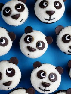 These are one of the cutest and simplest cupcake idea ever!