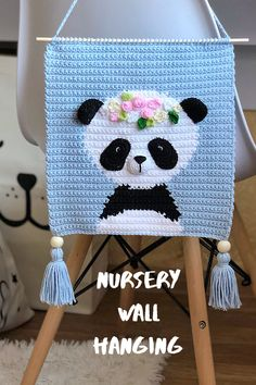 Cute Crochet, Crochet For Kids, Crochet Toys, Crochet Baby, Baby Knitting Patterns, Crochet Patterns, Baby Deco, Nursery Patterns, Crochet Wall Hangings