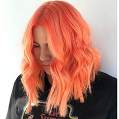 Trendy Hair Pink Orange Products Ideas - All For Hair Color Trending Pink And Orange Hair, Peach Hair Colors, Rose Orange, Hair Dye Colors, Hair Color Blue, Pastel Coral Hair, Orange Hair Dye, Cheveux Oranges, Unnatural Hair Color