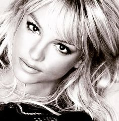 #BritneySpears #blackandwhite Beautiful <3 http://ift.tt/2a3i6Ou