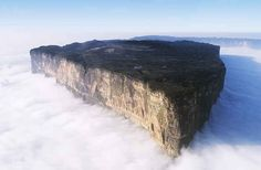 Mt. Roraima, Venezuela | 25 Places That Look Not Normal, But Are Actually Real