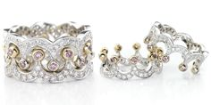 I love this ring and love even more that it is two crowns...