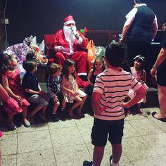 Ei Papai Noel e eu?.... Sobre ontem à noite! #christmas #SantaClaus #PapaiNoel #blessed #Pietro #MaeDeGuri #kids #vacation #vacaciones #MinhaVidaNosBastidores #VidaPlena