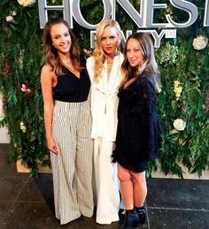 Inspiring Saturday with these two incredible ladies @jessicaalba @jenmeyerjewelry @createcultivate #womenforwomen #createandcultivatedtla XoRZ
