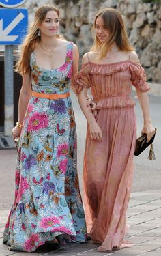 Beatrice Borromeo and Princess Alexandra of Hannover arrive for the fashion design award presentation ceremony held within the scope of the MC Fashion Week 2017 at Oceanografisch Museum on 2 June Monte-Carlo, Monaco Charlotte Casiraghi, Andrea Casiraghi, Princesa Alexandra, Princesa Beatrice, Grace Kelly, Vogue Fashion, Royal Fashion, 90s Fashion, Beatrice Borromeo
