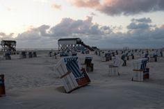 Strandkorb am Strand von St. Peter-Ording Beach, Opera House, Building, Places, Travel, Sunset On Beach, Beach Tops, North Sea, Tourism