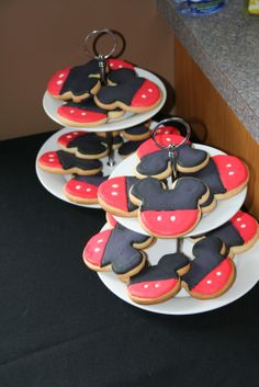 Minnie Mouse cutout cookies