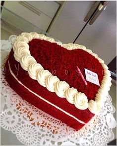 You may think again if you need healthy desserts? For detailed info read the who. Pretty Cakes, Cute Cakes, Beautiful Cakes, Amazing Cakes, Anniversary Cake Designs, Happy Anniversary Cakes, Cake Icing, Buttercream Cake, Cupcake Cakes