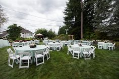 All you need is a large yard to have an amazing backyard wedding! Photo by nallayerstudios.com