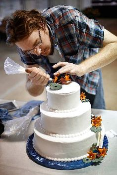 Ohio State Fair contestants use real talent to decorate fake cakes | The Columbus Dispatch