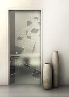 Porta scorrevole in vetro temperato. Decorazione: Incisione a mano su fondo sabbiato.