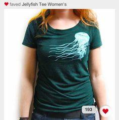 DIY bleached T-shirt - Best jellyfish shirt I've ever yet seen!