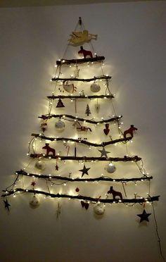 DIY Weihnachtsbaum                                                       …                                                                                                                                                                                 Mehr