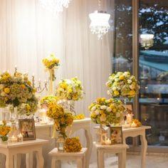#yellow #weddingtheme #flowerdecoration #flowergate #gallerytable #receptiontable #pingpong #welcomedrinks Flower Decorations, Wedding Decorations, Table Decorations, Reception Table, Table Settings, Yellow, Flowers, Home Decor, Decoration Home