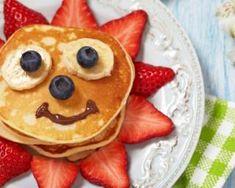 Pancakes au yaourt vanillé pour petit déjeuner des enfants : http://www.fourchette-et-bikini.fr/recettes/recettes-minceur/pancakes-au-yaourt-vanille-pour-petit-dejeuner-des-enfants.html