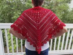 Read the Explanations.  There is a link to the English version pattern for this beautiful shawl  towards the end of the information.  *****Original Pattern in French is here: Chèche à la sauce Bidules Chouettes
