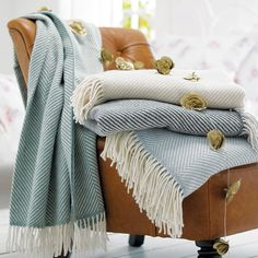Grey Woollen Throw | Grey Herringbone Wool Throw