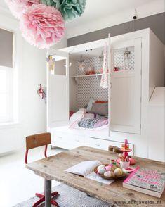 Kinderkamer. Gepind door Mademoiselle Maison.
