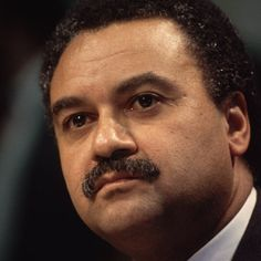1989- Ron Brown becomes the first African American person to head a major national political party, as chairman of the Democratic National Committee. President Bill Clinton will later make him Secretary of Commerce. Brown will be killed in a plane crash in 1996.