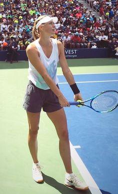 Maria Sharapova Hot, Sharapova Tennis, Yuri, Maria Sarapova, Tennis Players Female, Tennis Fashion, Tennis Stars, Sport Wear, Sport Girl