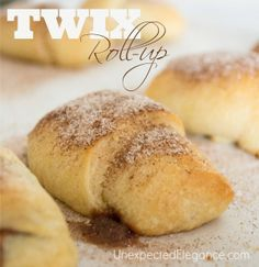 Sweet Soiree TWIX® Party. Find a special cocktail recipe and EASY dessert ideas! #EatMoreBites #shop