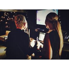 Ellen and Beyonce going over their lines