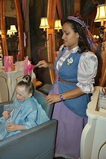 Bibbidi Bobbidi Boutique @ the Castle Review | Tips from the Disney Divas and Devos