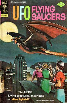 UFO Flying Saucers #10 (Gold Key 1976) by Aeron Alfrey, via Flickr