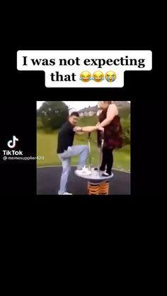 Funny Videos Clean, Crazy Funny Videos, Funny Video Memes, Crazy Funny Memes, Really Funny Memes, Funny Relatable Memes, Funny Vidos, Funny Laugh, Funny Jokes
