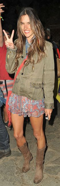 Who made Alessandra Ambrosios print skirt, brown fringe handbag, and jacket?