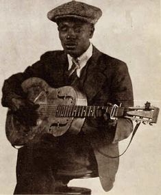 Blind Boy Fuller with Dobro Music Guitar, Cool Guitar, Playing Guitar, Jazz Blues, Blues Music, Resonator Guitar, Delta Blues, Blues Brothers, Learn To Play Guitar