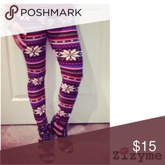 Snowflake Fleece Lined Legging 90% Polyester 10% Spandex. One size fits most. Pants Leggings