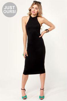 Body-Con Artist Black Halter Dress