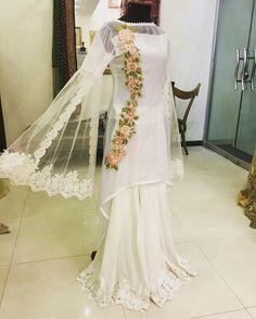 Latest pakistani fashion - All About Latest Pakistani Fashion, Latest Pakistani Dresses, Pakistani Fashion Party Wear, Pakistani Bridal Dresses, Pakistani Dress Design, Pakistani Outfits, Indian Dresses, Latest Indian Fashion Trends, Dresses Elegant