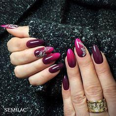 Ombre idealne? Wykorzystane kolory: 083 Burgundy Wine, 121 Ruby Charm, 123 Szeherezada, SemiArt White ❌❌❌ Perfect ombre nails? #semilac #semigirls #semilacnails #ombrenails #lakieryhybrydowe #paznokciehybrydowe #paznokcie #hybrydy #nail2inspire #nailstagram #nailsdone #nailart #akademiasemilac #nailtricks #nailtrends