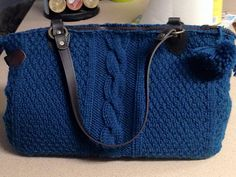 Knitted bag pattern with cables. from Vogue Knitting Holiday 2014. Ravelry: faith5280's #15 Textured Tote - Teal