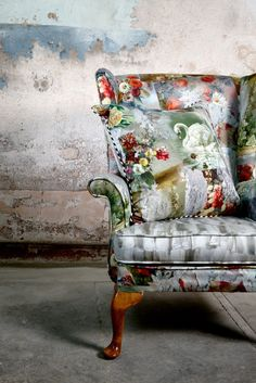 LuxPad NEW || Interview with print designer Emily Humphrey  Marche aux puces cushion
