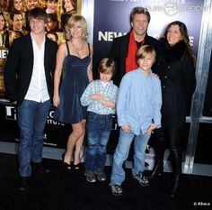 PHOTOS - Jon Bon Jovi, sa femme Dorethea et leurs enfants à l'avant-première de…