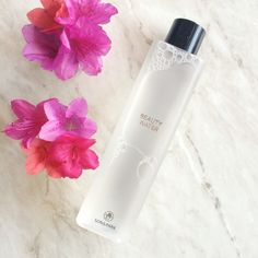 Son & Park Beauty Water <3 Papaya extract and willow bark gently revitalize the skin by clearing skin of dead cells and impurities.