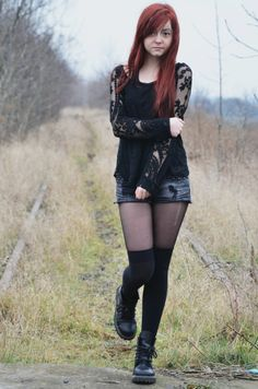 rock outfit fashion style blogger black grunge