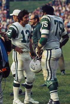 Joe Namath & Winston Hill back in the day! Canadian Football, American Football League, American Sports, Nfl Football Players, Sport Football, Football Stuff, School Football, New York Jets Football, Nfl Jets
