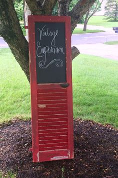 Rock Chalk on the board - Rock Chalk on the board You are in the right place about shutters repurposed shelf Here we offer yo - Old Closet Doors, Old Doors, Repurposed Furniture, Painted Furniture, Diy Furniture, Repurposed Shutters, Diy Shutters, Window Shutters, Wood