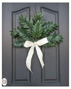 Wreaths For Front Door, Door Wreaths, Easter Season, Easter Celebration, Easter Wreaths, Spring Crafts, Easter Crafts, Easter Decor, Easter Table