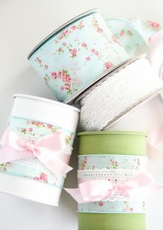 Tin Can Vases Tin can vases – upcycle tin cans by turning them into painted vases with floral ribbon. Tin Can Crafts, Crafts To Make, Fun Crafts, Painted Tin Cans, Painted Vases, Recycled Tin Cans, Recycled Crafts, Recycled Clothing, Recycled Fashion