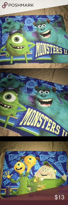 """Monsters U / Monsters Inc pillow case 30""""x19"""" Thank you for viewing my listing, for sale is a Disney, monsters Inc./monsters U pillow case.  This pillowcase is double-sided.  Pillowcase measures approximately 30""""X19""""  If you have any questions or would like additional photos please feel free to ask Disney Accessories"""