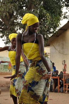 African dance - love the skirt, top and scarf