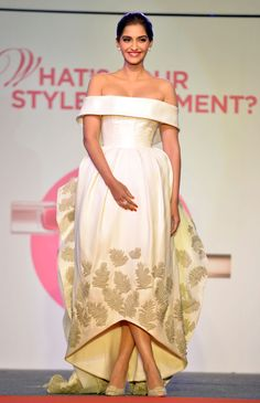 Sonam Kapoor in Ashi Studio Spring 2015 Couture at the L'Oreal Paris India Cannes Press Preview
